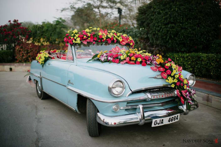 Wedding decor ideas for venues urbanclap a splendid vintage car decor with multi colored flower decoration by navdeep soni wedding junglespirit Choice Image