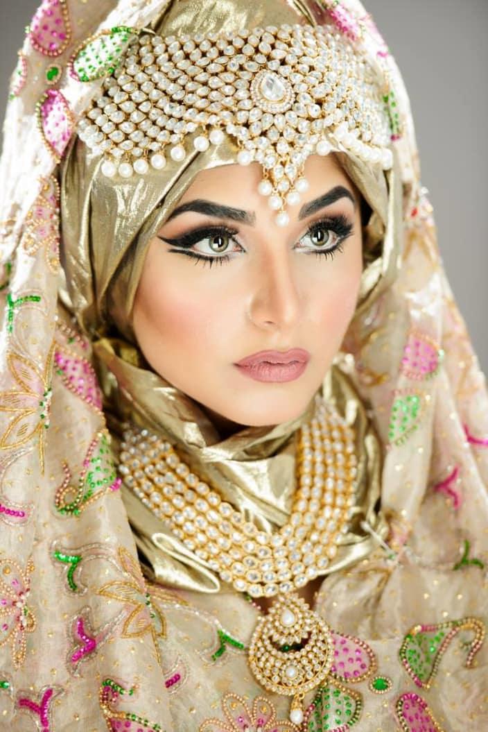 Astonishing bridal rouge