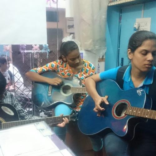 Laxmi Nagar   UrbanClap Partner Studio