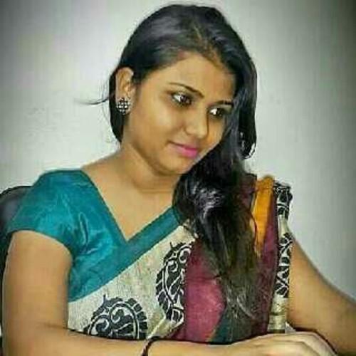 Asha Kapoor Mehandi Artist