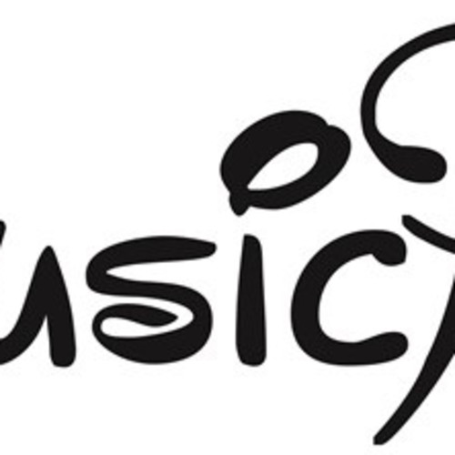 MusicPulse Guitar and Piano Classes at Home