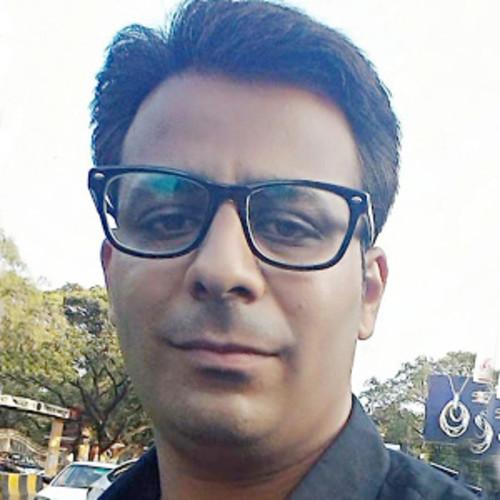 Dr.Tushar Ubare