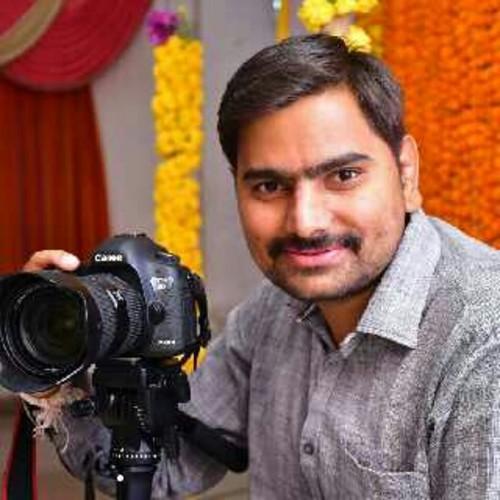 Sakshi Video & Photo