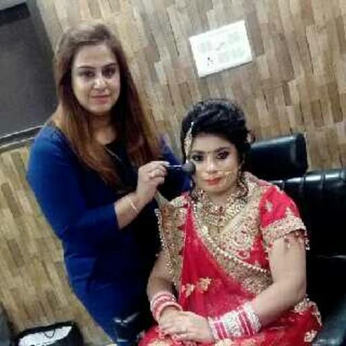 Sakshi's Makeovers