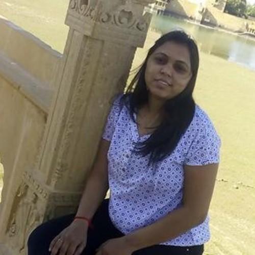 CA Aarti Thakkar