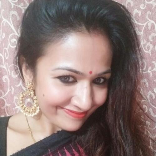 Dipsikha Makeup