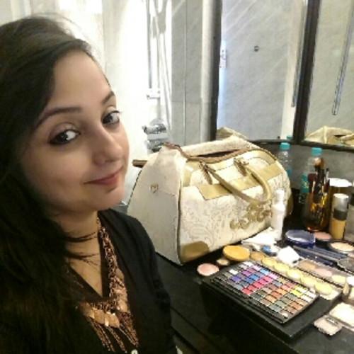 Rupa's Makeup Mirror