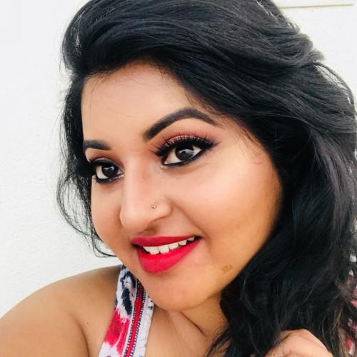 Makeup artist Mysti Mitali