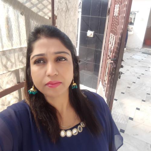 Komal Khanna