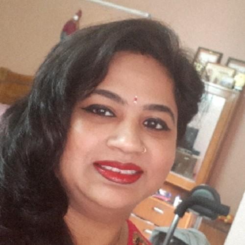 Astrologer Aarti Gupta