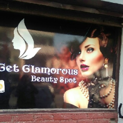 Get Glamorous Beauty Spot