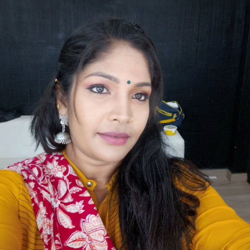 Nivedha bridal artist