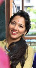Pooja Ghavre - Party makeup artist
