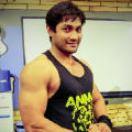 Ikram - Fitness trainer at home