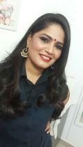 Gomati - Party makeup artist