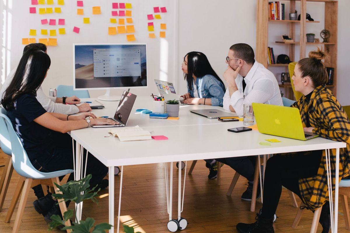 How To Build An Awesome Agile Software Development Team