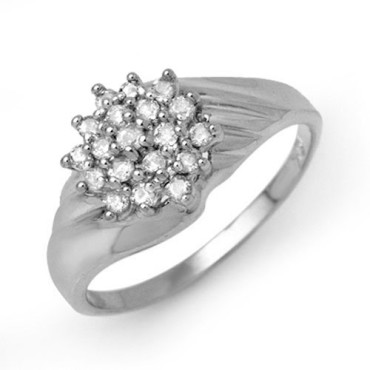 0.25 CTW Diamond Ring 18KT White Gold