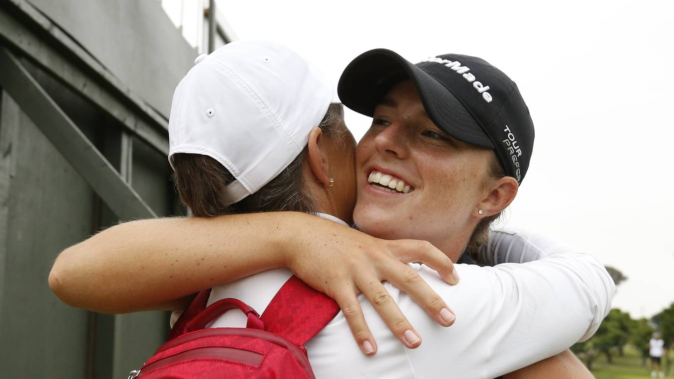 Tess Hackworthy's bond with her mom became a lot stronger after she was  diagnosed with breast cancer seven years ago. (USGA/Steven Gibbons)
