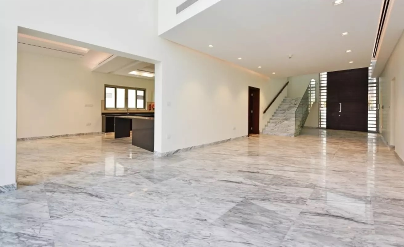 New to Market | 6 Bedroom Vacant on Transfer
