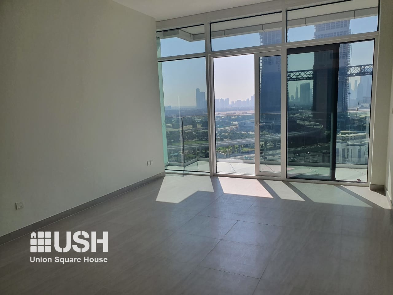 ELEGANT 1 BDR READY FOR VIEWING AND LEASING
