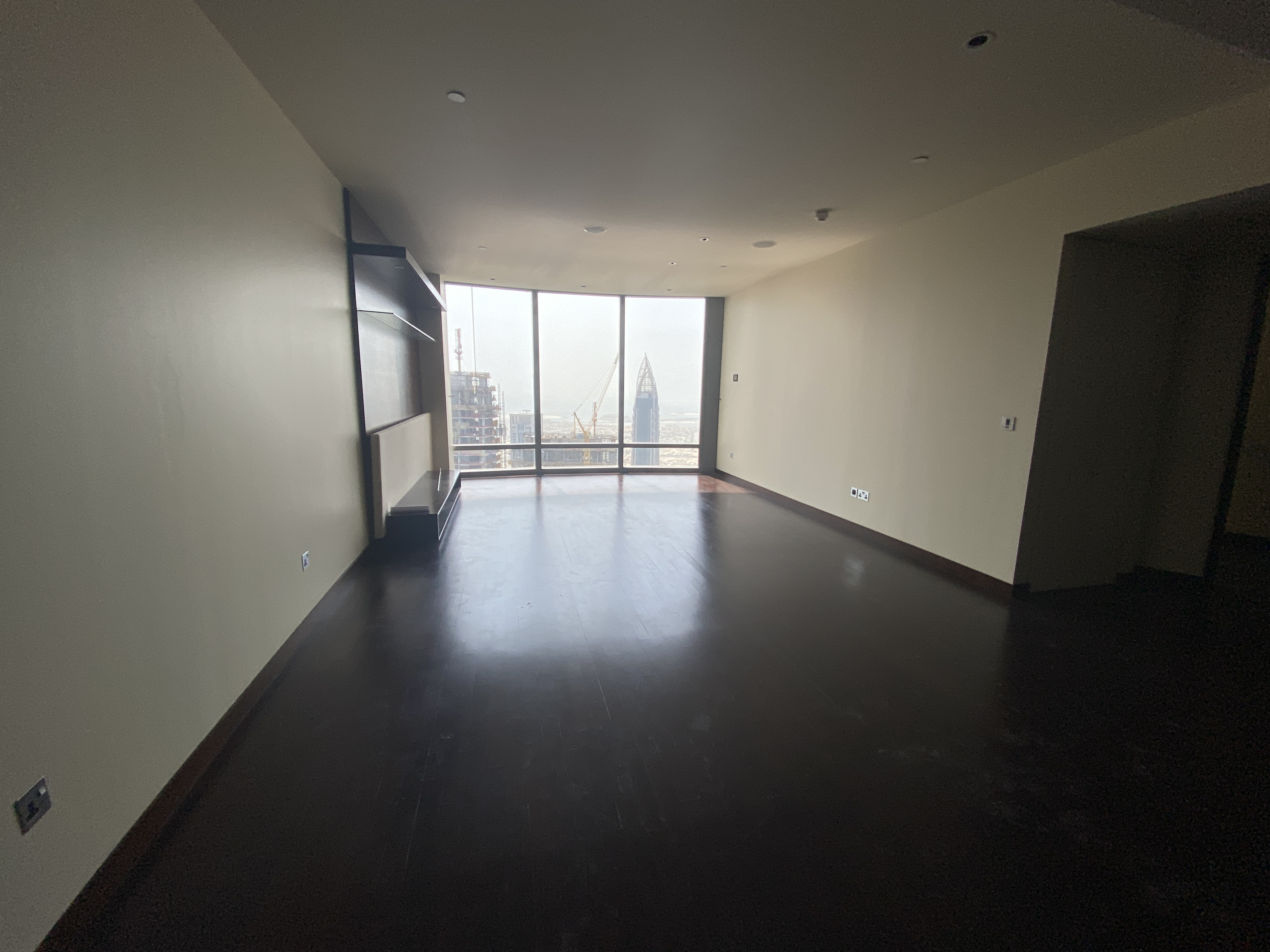 LARGE 2BR | SEA VIEW + SKYLINE VIEW | HIGH FLOOR