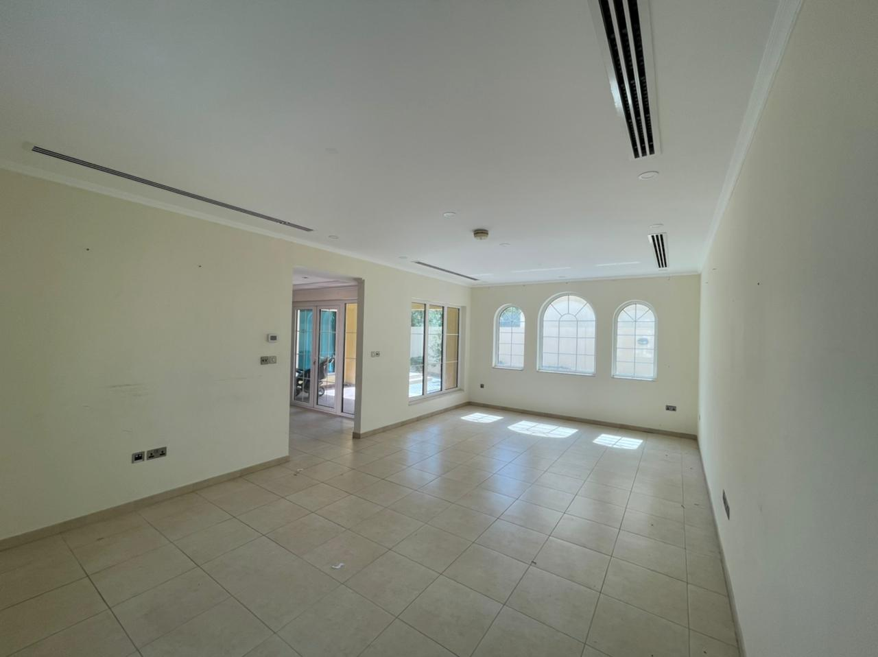 SPACIOUS 3BEDROOM WITH MAID's CORNER UNIT LEGACY