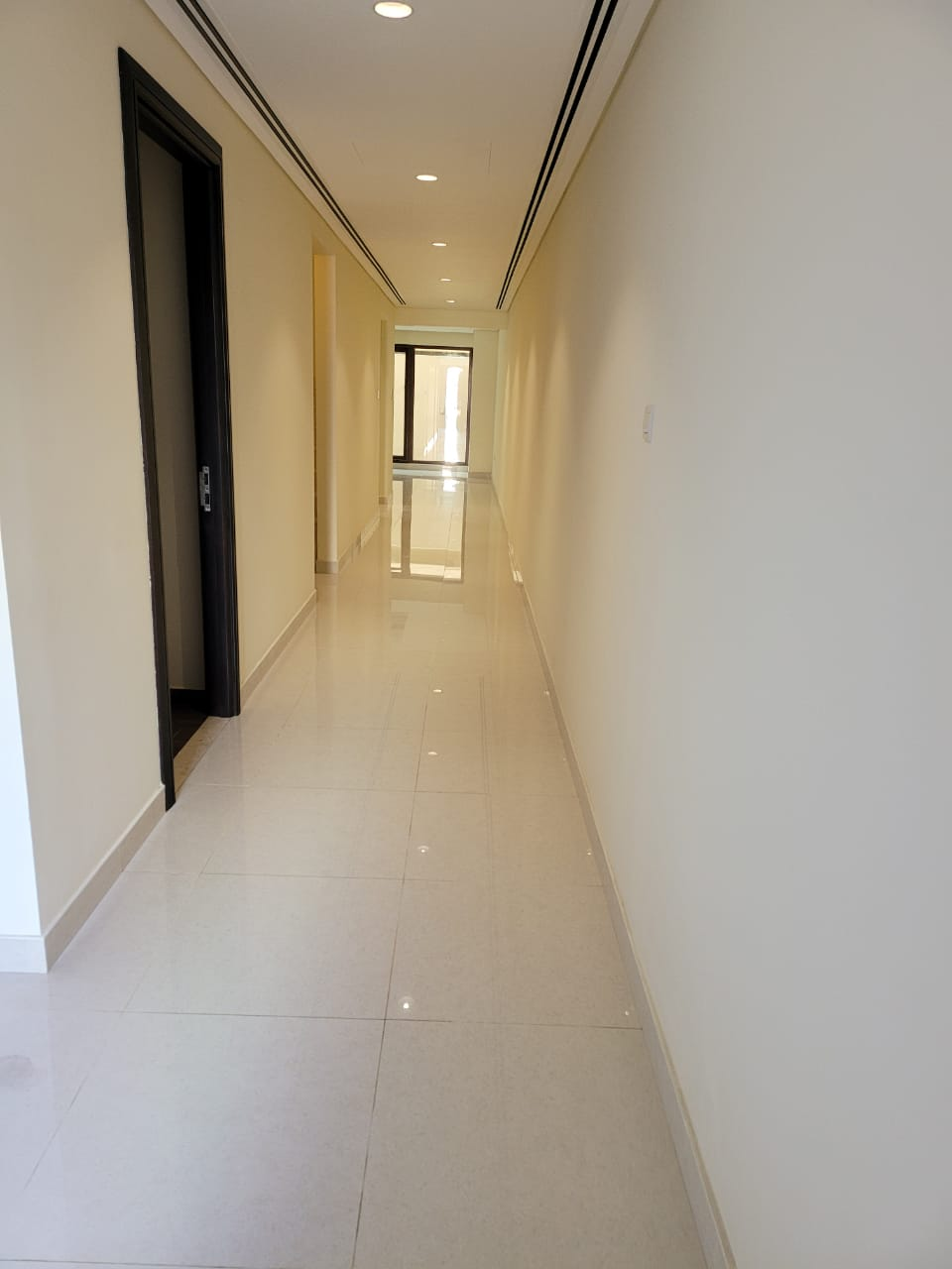 BRAND NEW 4 BDR TOWNHOUSE IN GRAND VIEWS