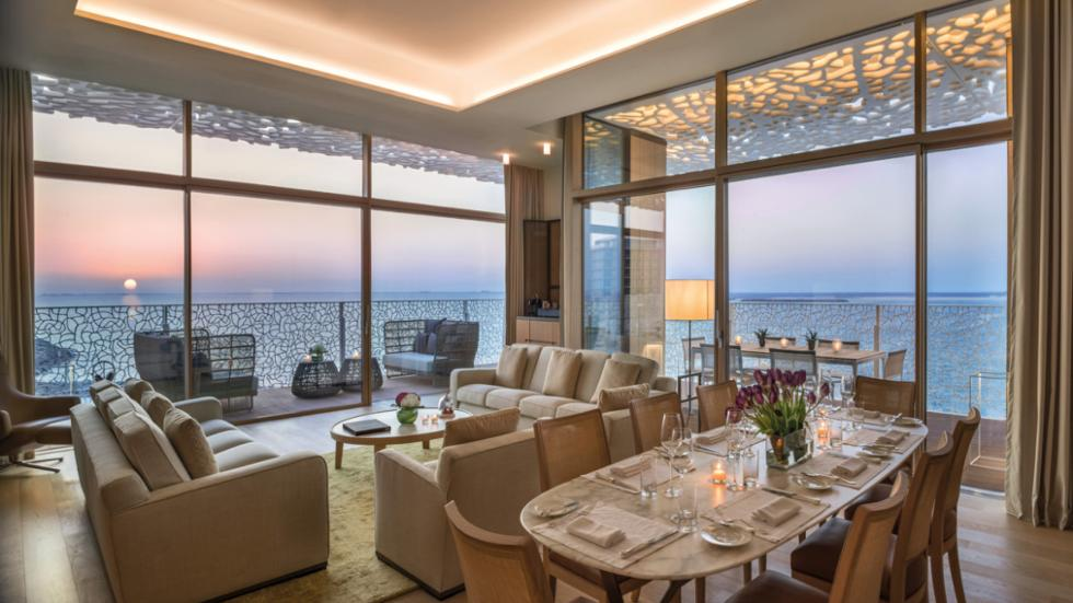 FIND ITALY IN DUBAI AT VILLA AMALFI JUMEIRAH BAY