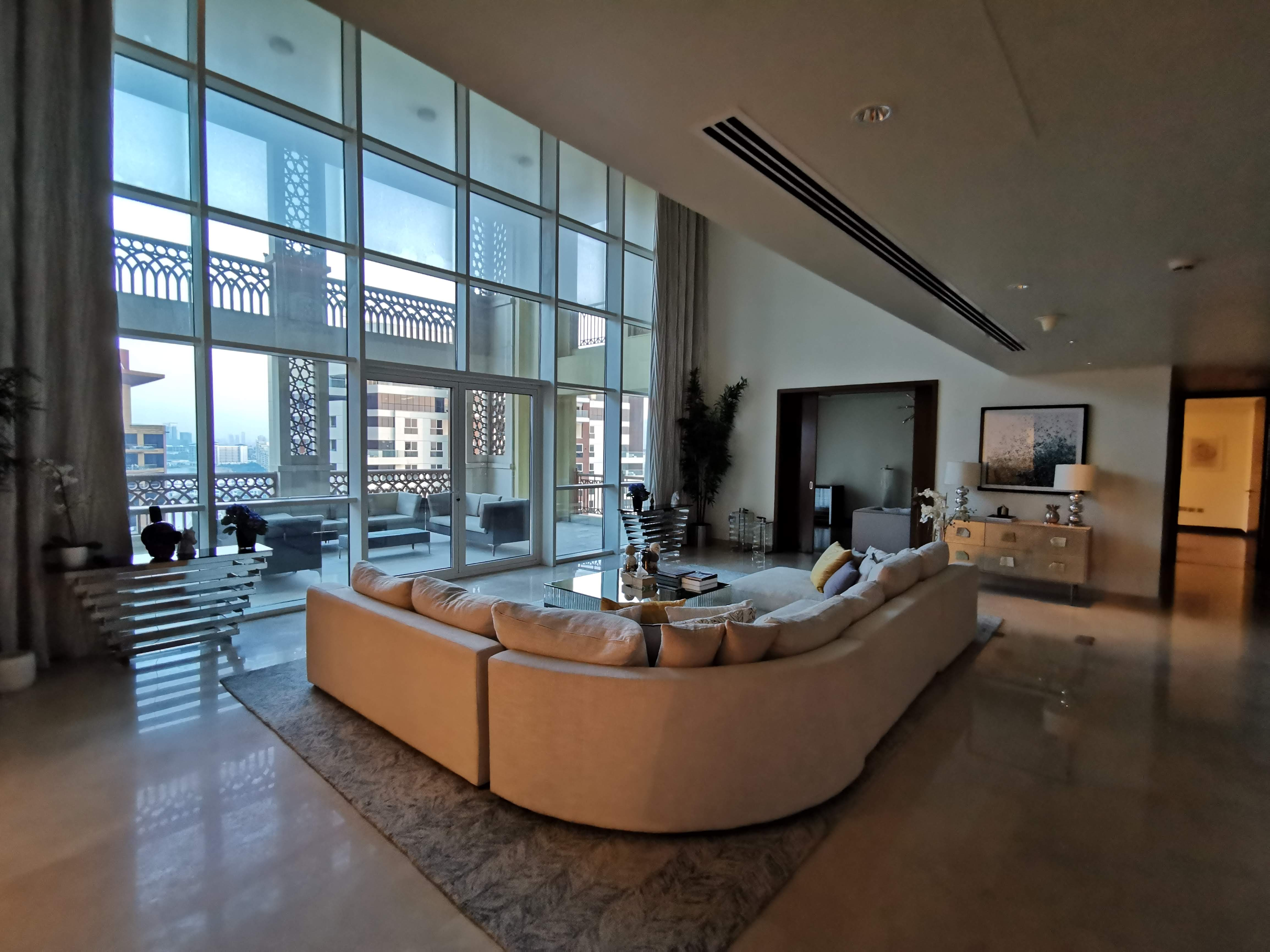Fully Upgraded and Furnished 4Br Penthouse