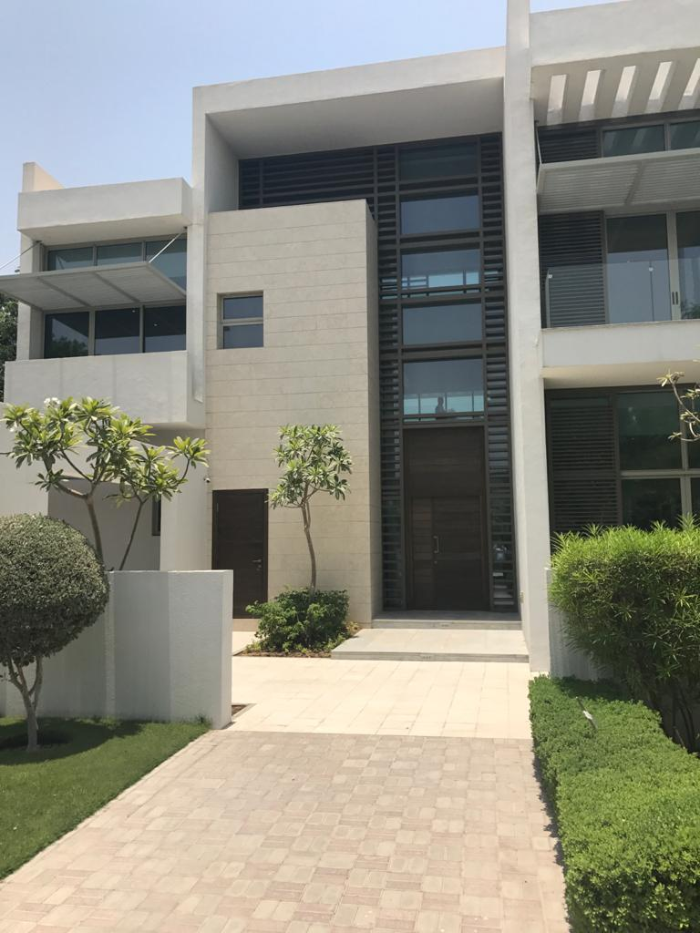 SPECTACULAR 4 BDR VILLA NEW LAUNCH IN DISTRICT ONE