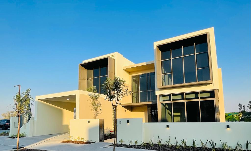 Spacious Golf Course Villa at Dubai Hills