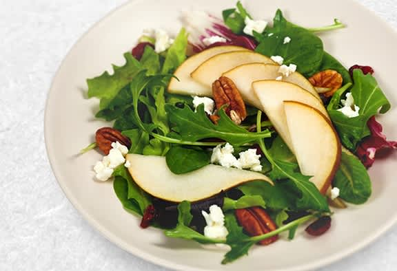 Winter-Salad-With-Red-Wine-Vinaigrette-Recipe