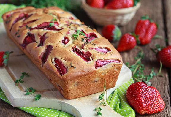 Low Sugar Strawberry Bread Loaf