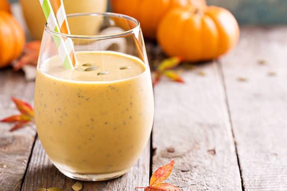 Pumpkin-Smoothie-With-Straw