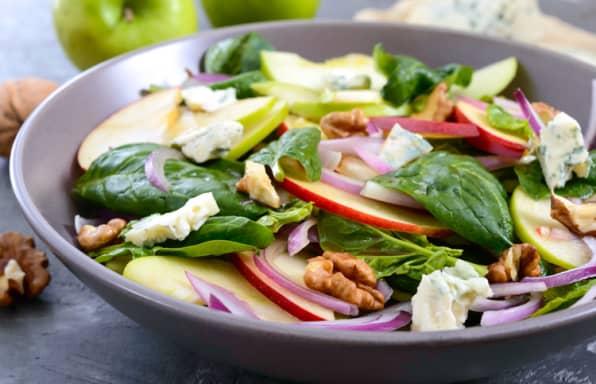 Spinach Apple & Pecan Salad