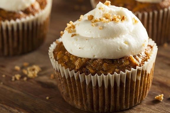 Healthy-Carrot-Cake-Muffins