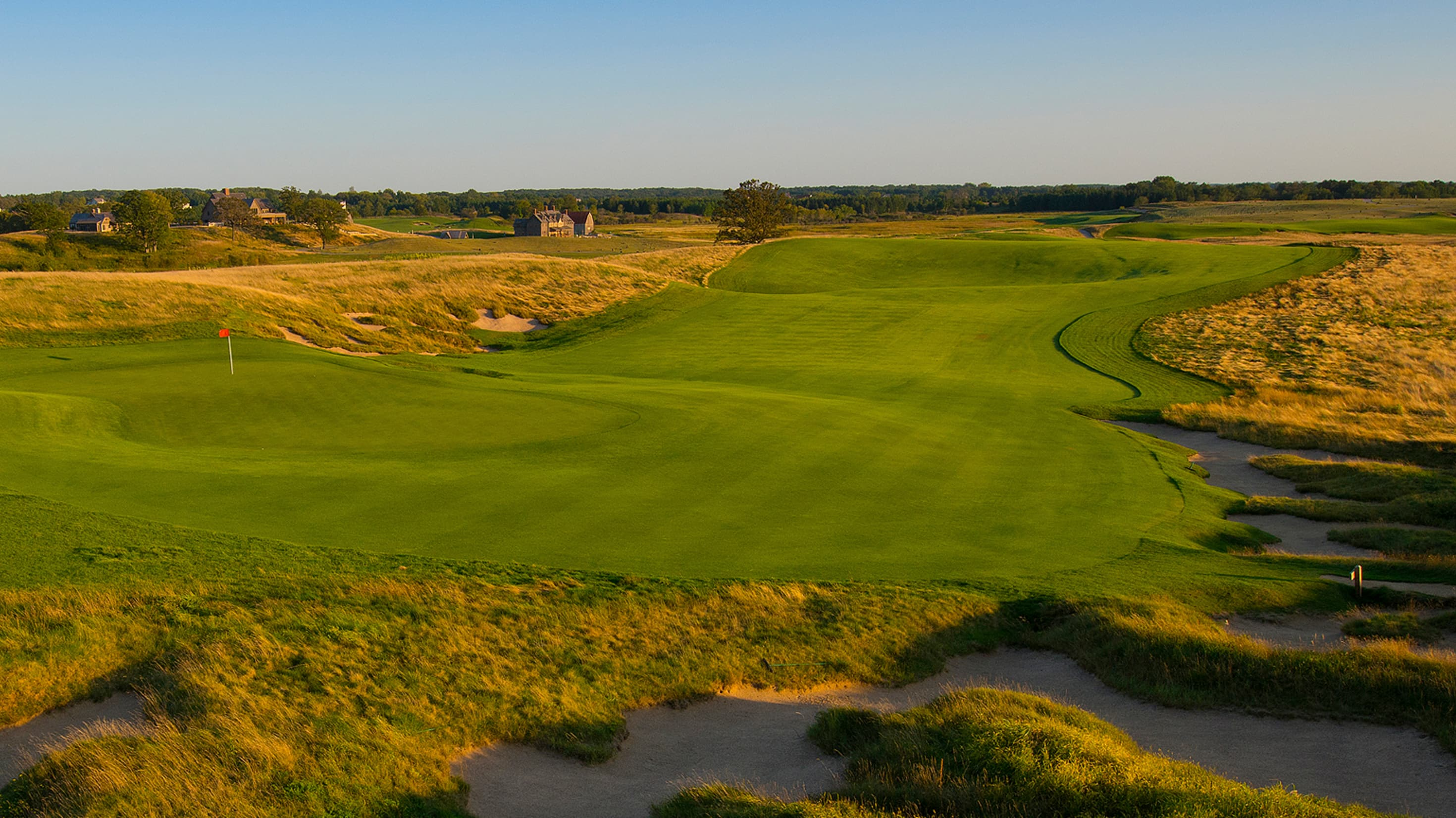 Classic Roots: Fine Fescue Fairways at Erin Hills and Beyond
