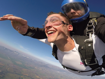 Batten student Joel Thomas skydiving