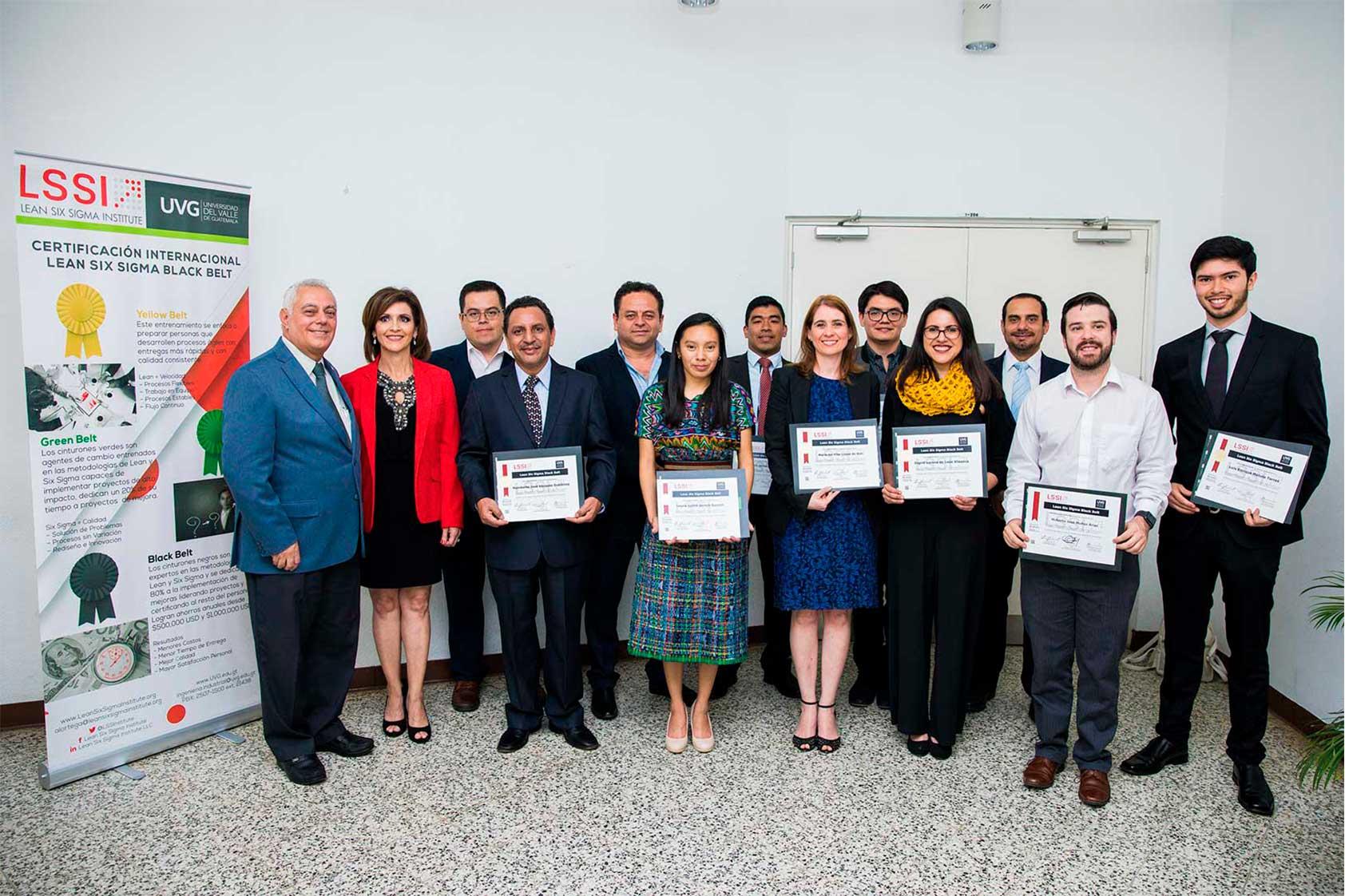 Nuevos expertos en Lean Six Sigma reciben sus certificaciones por UVG Y LSSI
