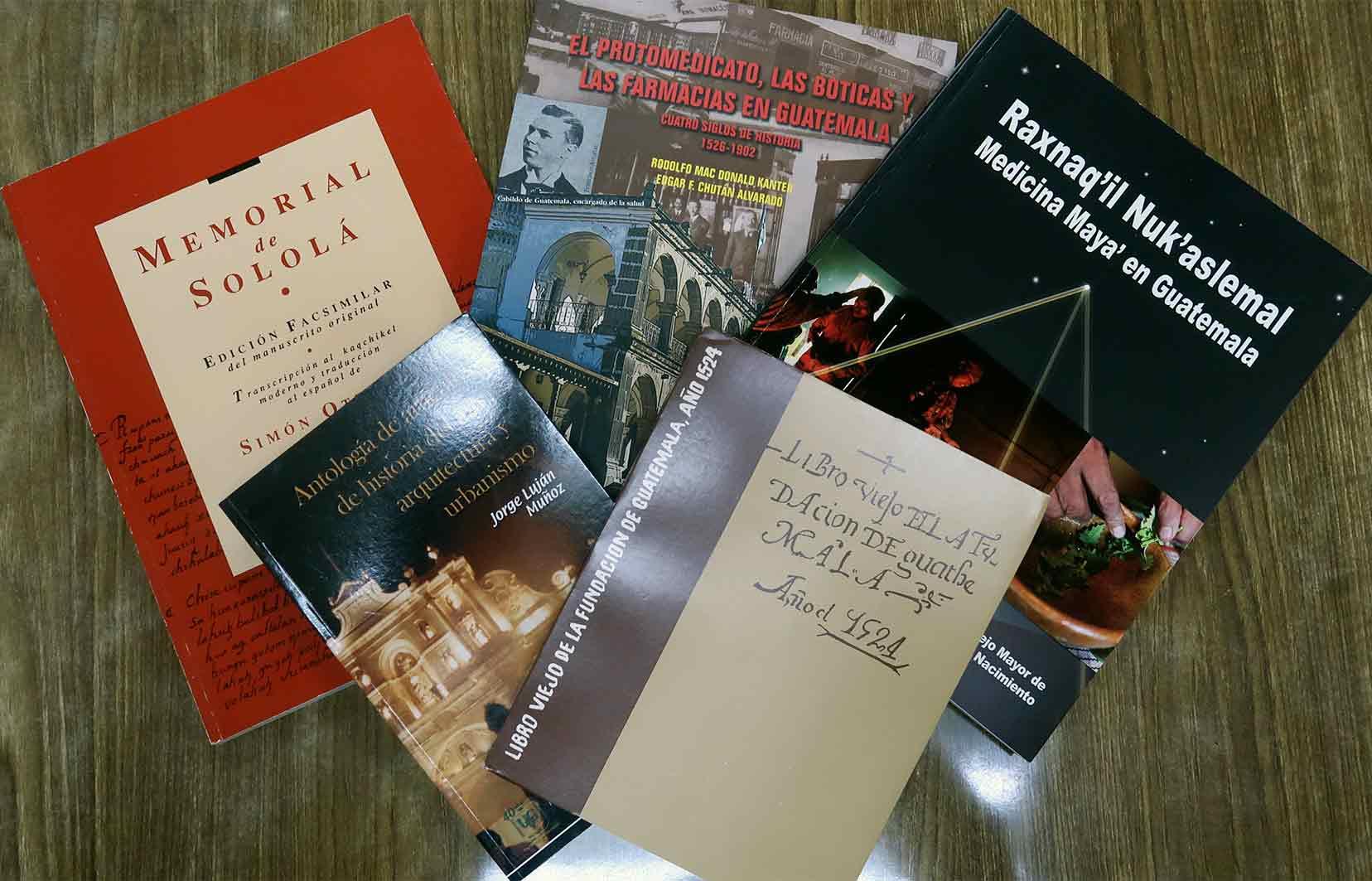 Los 5 libros de la facultad de Ciencias Sociales que ayudan a financiar becas