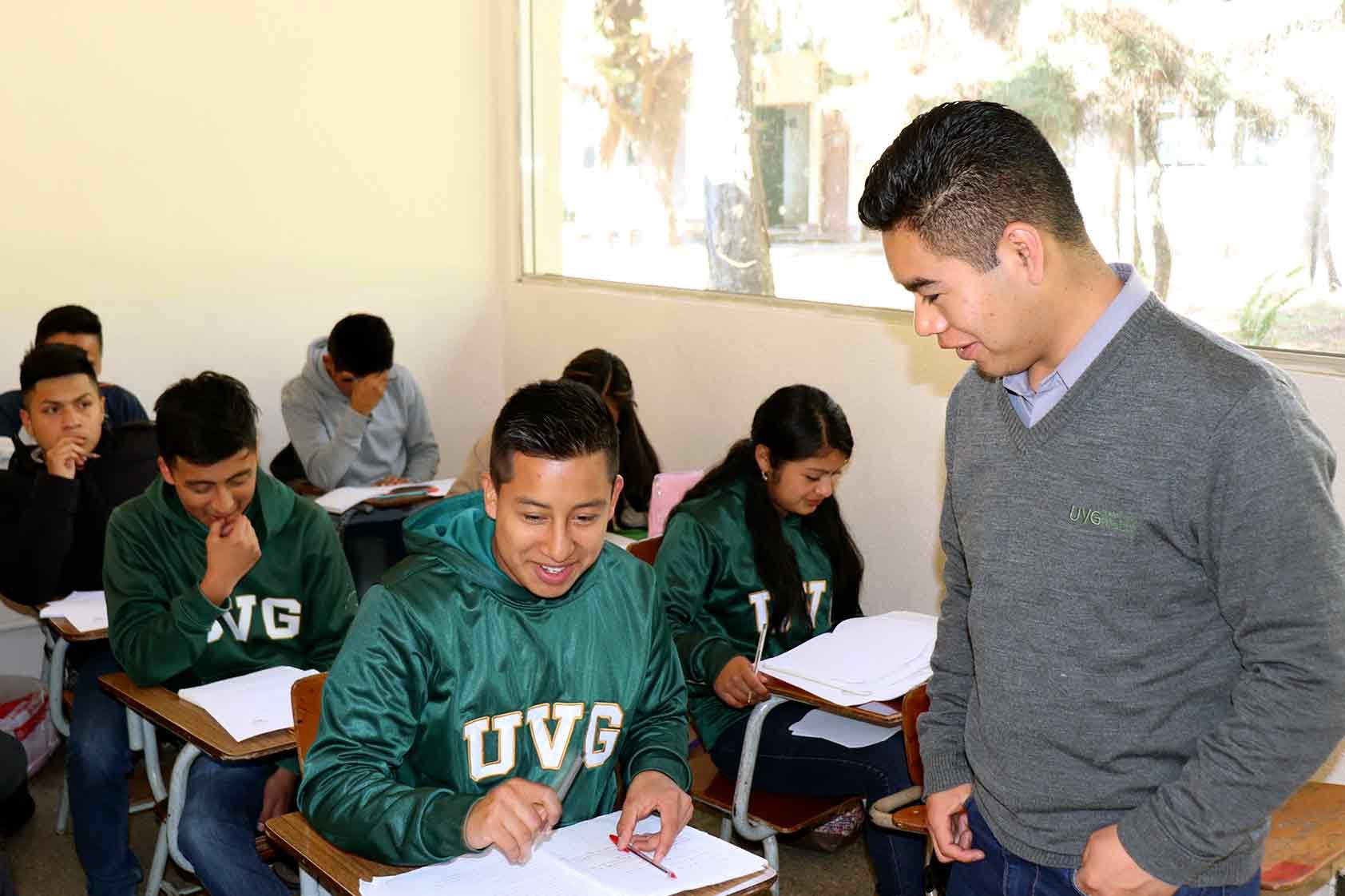 Las ciencias empiezan a ser de interés en las aulas de UVG Altiplano