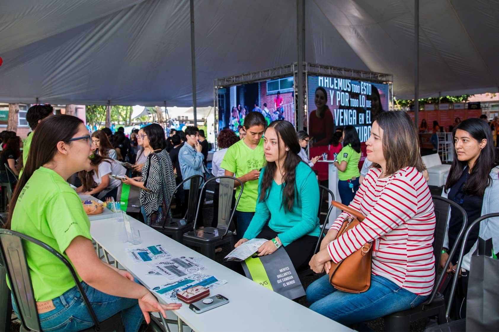 UVG recibió a más de 2,000 visitantes en su Experiencia 2019