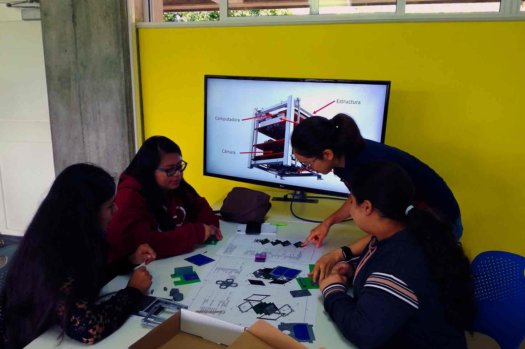 Seis días para explorar la Ingeniería entre mujeres