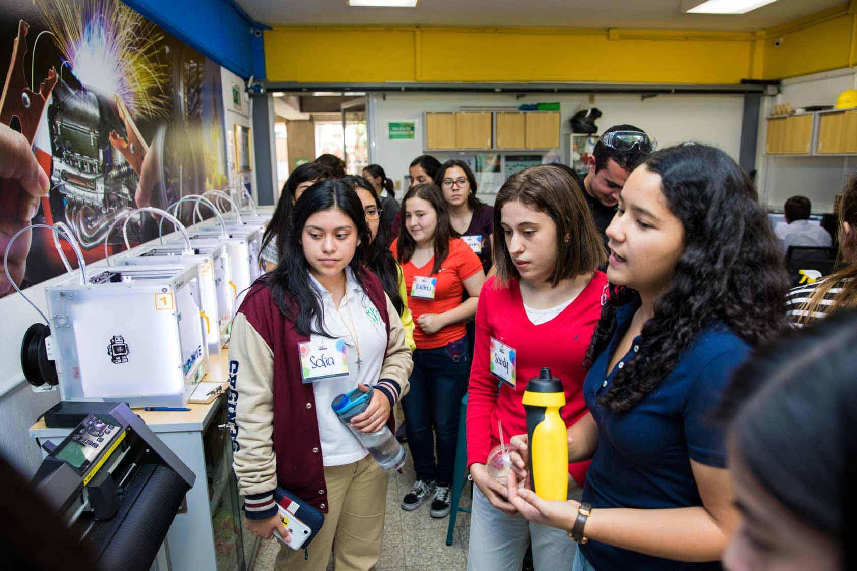 estudiantes aprendieron sobre software para diseño 3D - UVG