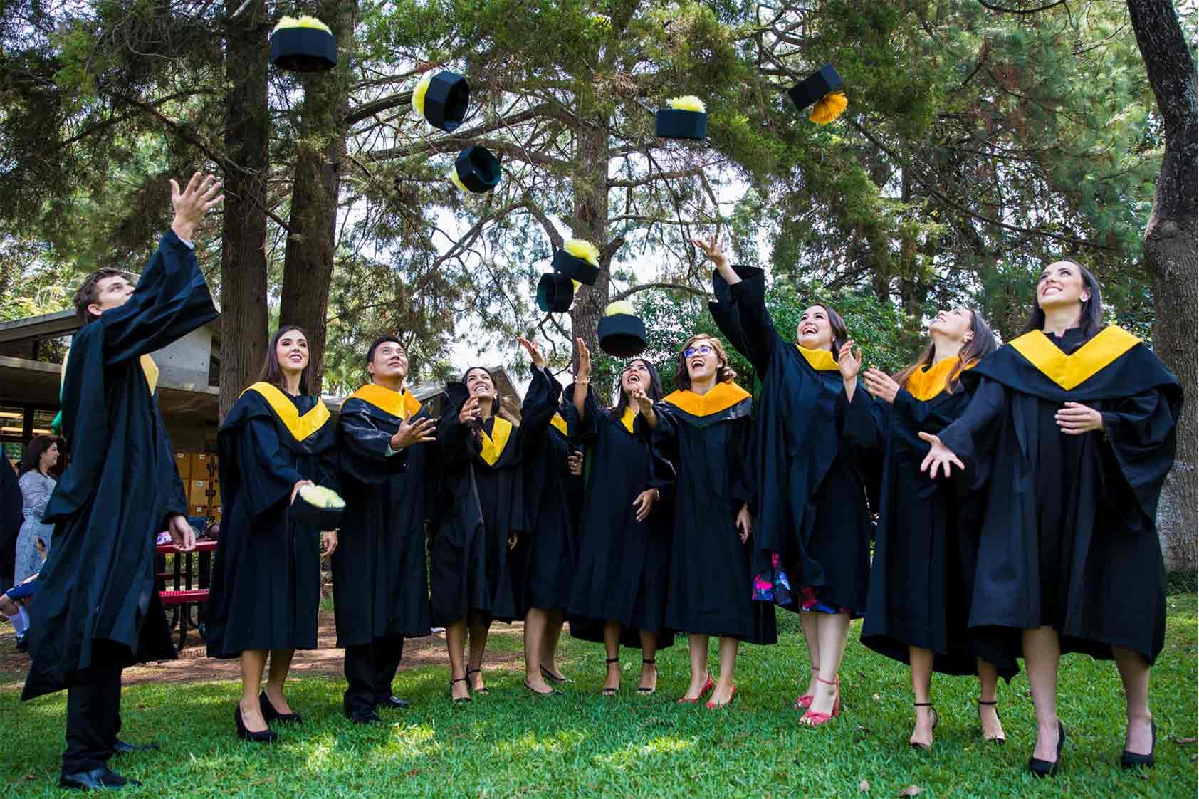 ¡Llegamos a la meta!  Graduaciones UVG 2019