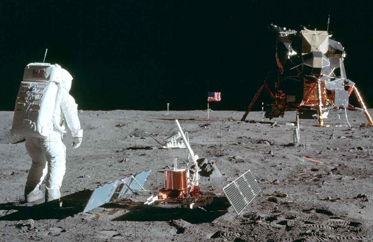 UVG celebró el 50 aniversario de la llegada del Hombre a la Luna
