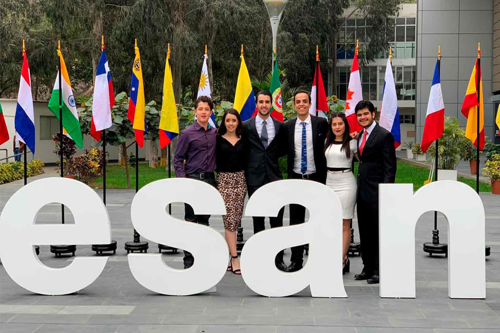 ¡Sociedad de debate de UVG participa en CMUDE 2019 en Peru!