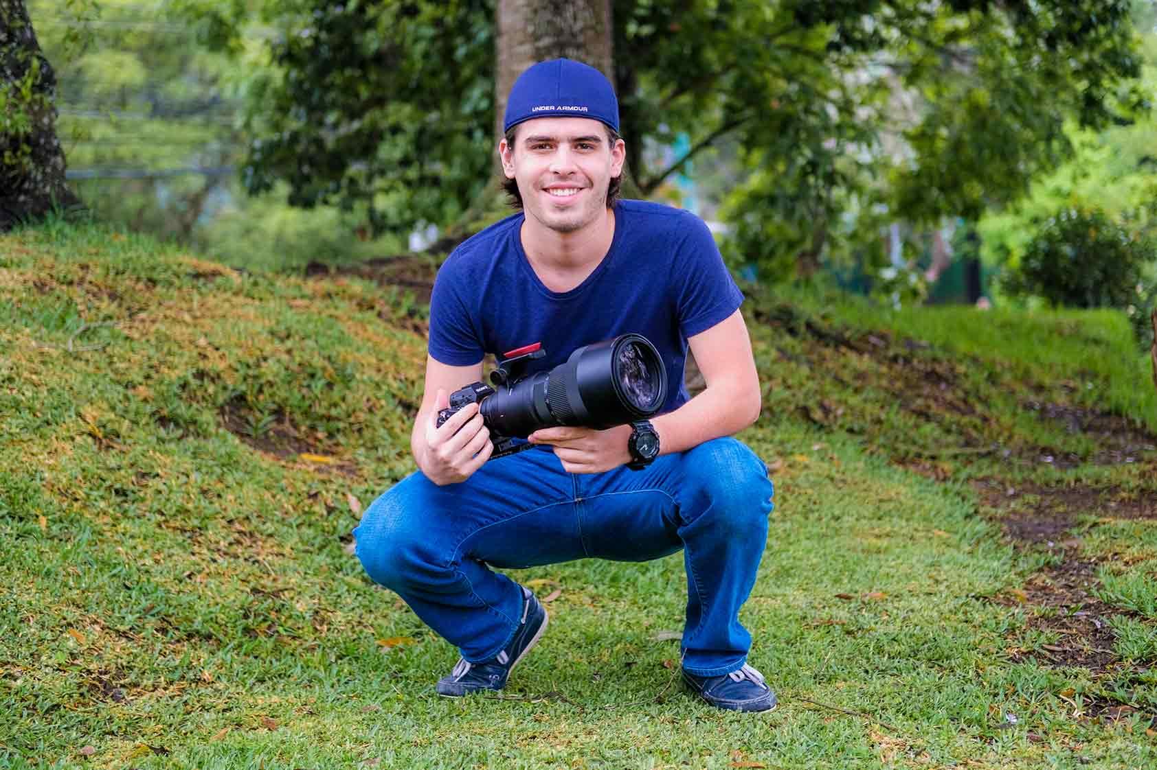 """Andrés Novales: """"Cuando estoy en la selva, soy solo yo, mi cámara y los animales""""."""