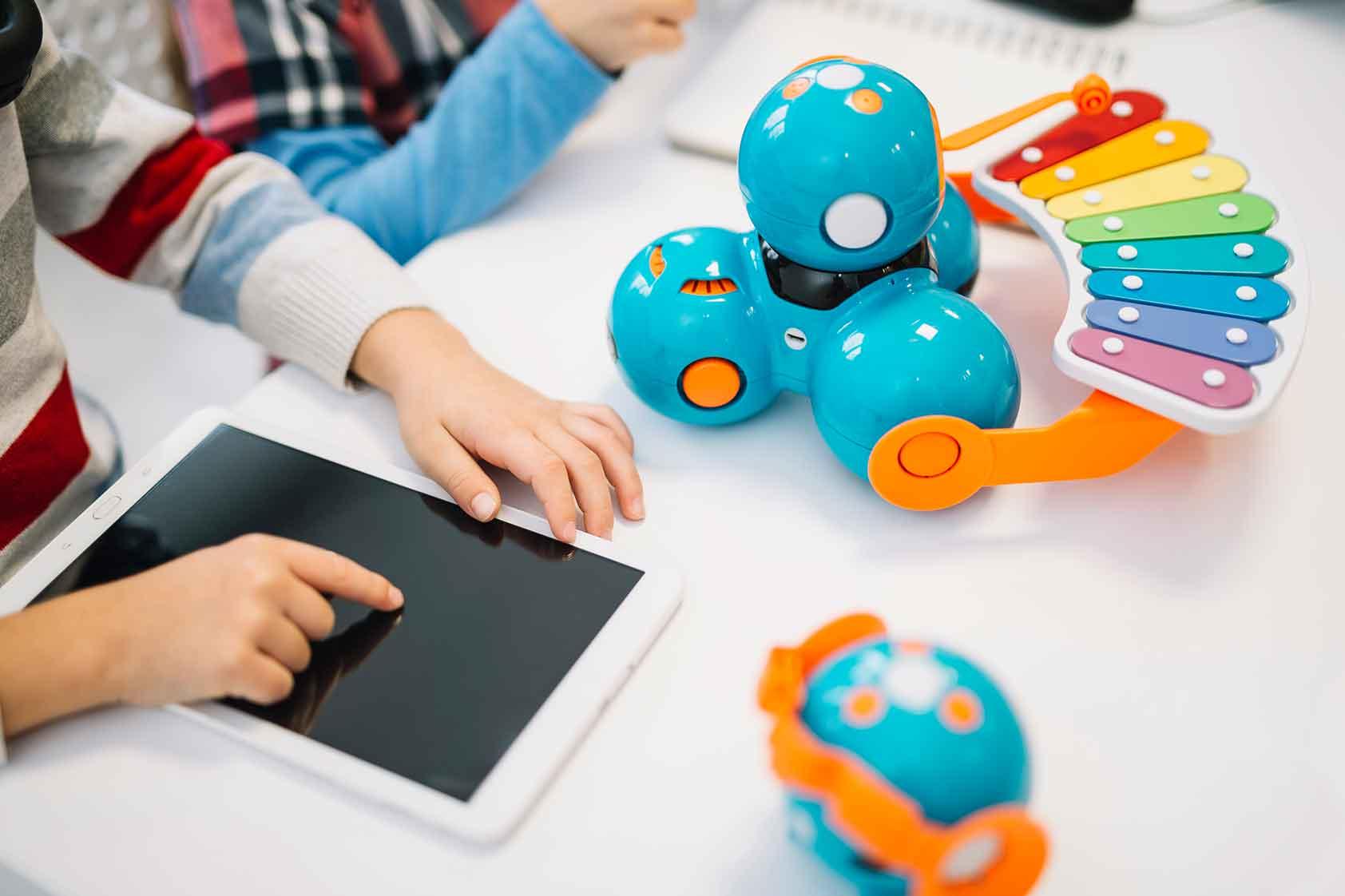 Las Tecnologías de Información y Comunicación (TIC) pueden ir de la mano con la calidad educativa