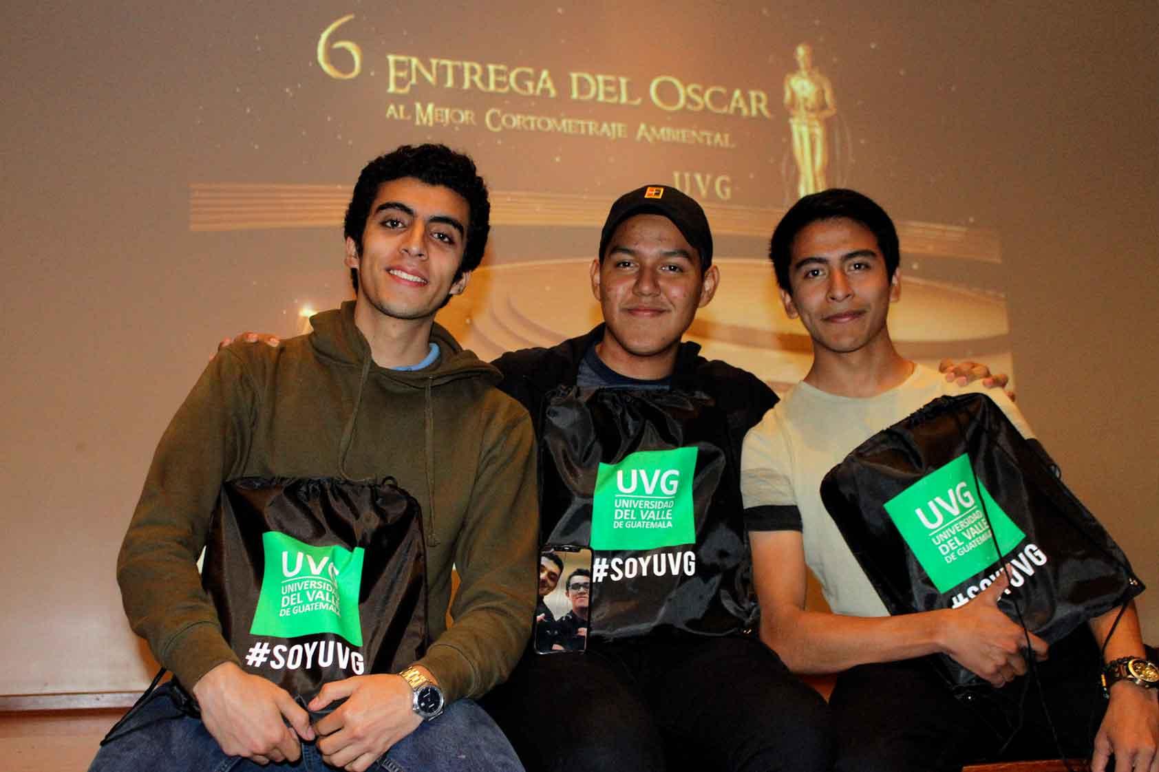 Premios Oscar y memes, en UVG también nos divertimos
